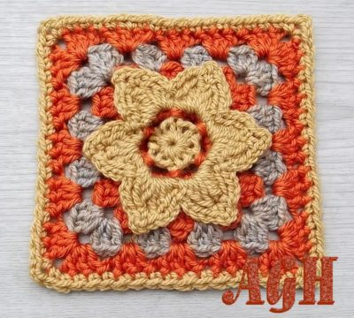 Beautiful Afghan Squares ~ 12 FREE Crochet Patterns - Stitches n Scraps